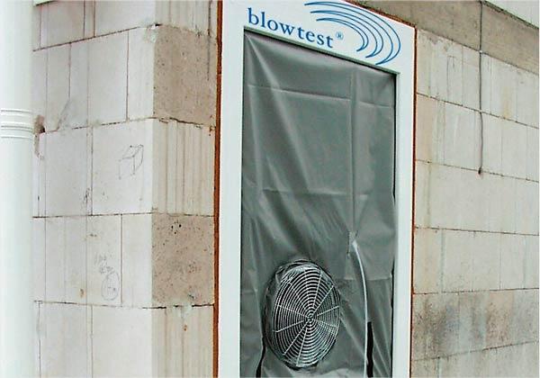 Luftdichtheitsmessung mit Blower Door